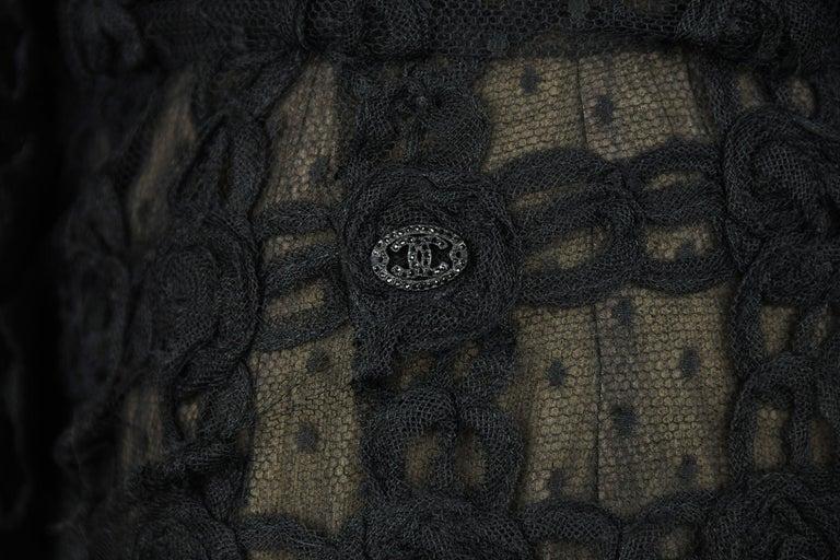 Women's Vintage Chanel Black Strapless Lace Dress - Size FR 40 For Sale