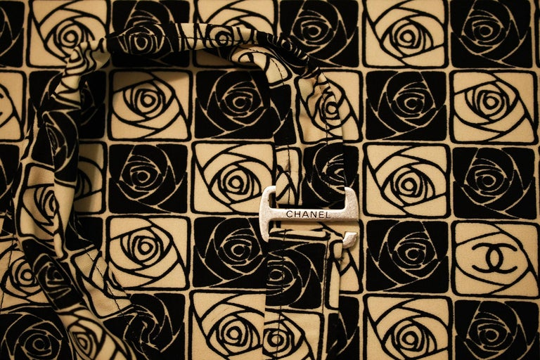 Women's Vintage Chanel Checkered Rose Print Lycra Dress - Size FR 36 For Sale