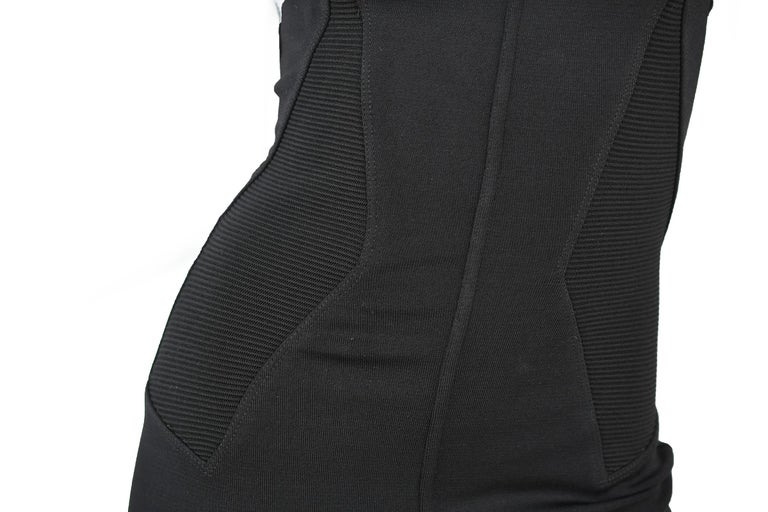 Vintage Alaia Fitted Black Strappy Dress - Size S For Sale 1