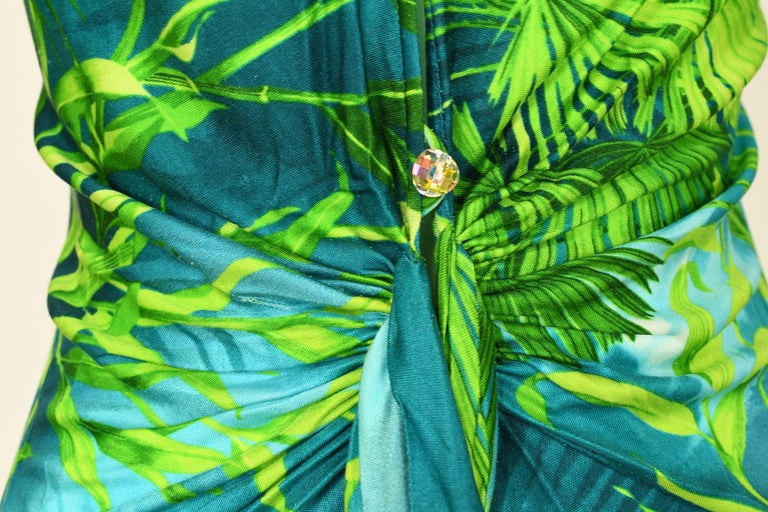 Iconic Gianni Versace Couture Tropical Print Dress - Size IT 40 For Sale 1