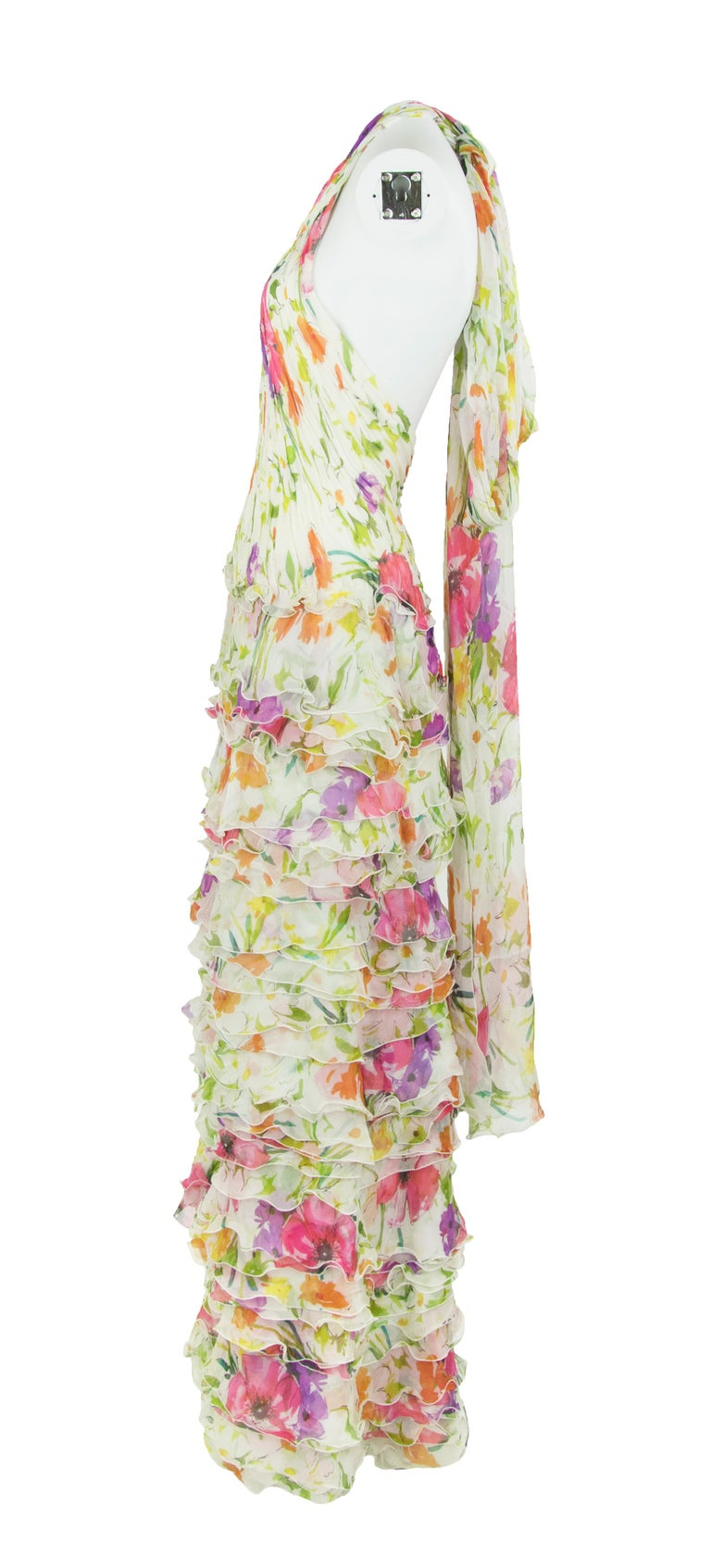 Products Ralph Lauren Collection White Floral Chiffon Gown - Size US 2 In Excellent Condition For Sale In Newport, RI