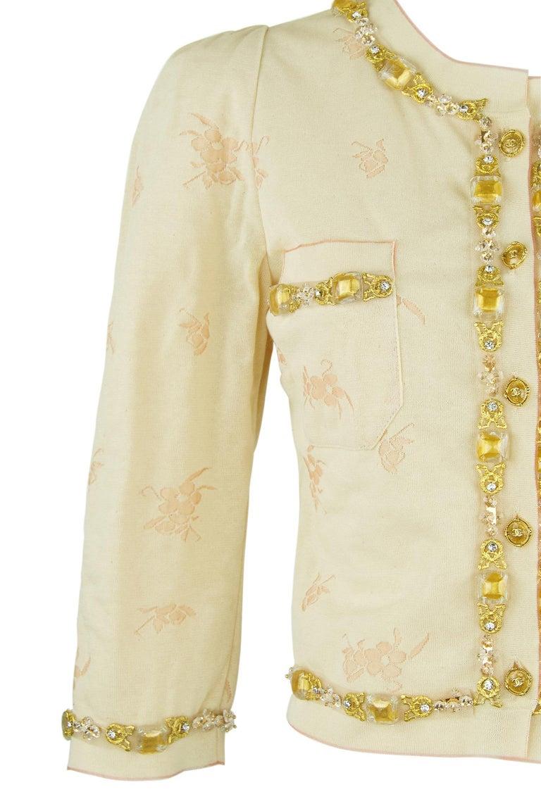 Vintage Chanel Peach & Gold Cardigan - FR 38 For Sale 2