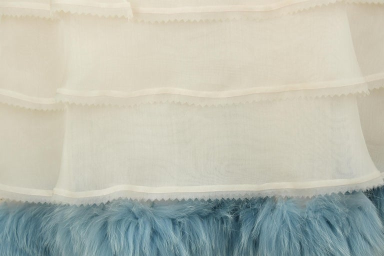 Fendi Peach Organza Dress with Blue Fur Detail - Size IT 38 For Sale 2