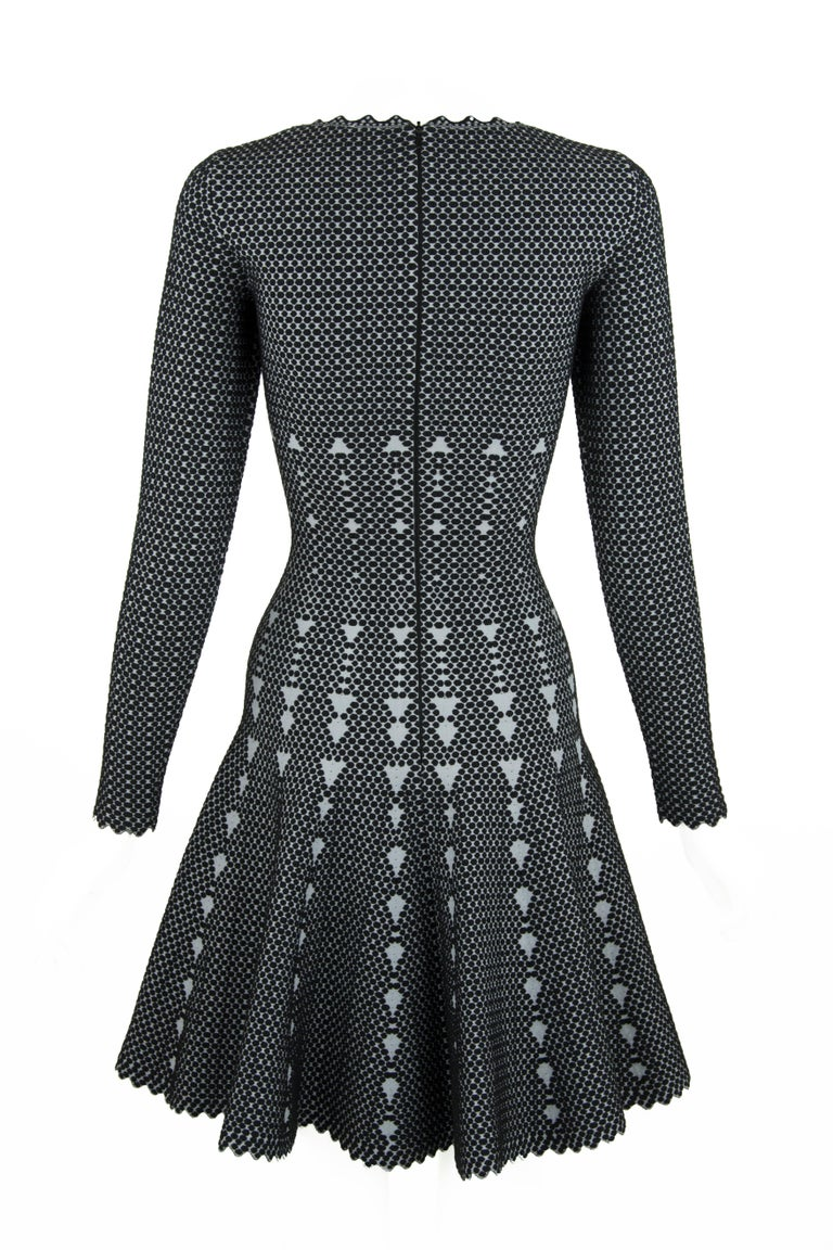 Alaia Black and Gray Knit Jacquard Fit & Flare Dress - Size FR 36 In Excellent Condition For Sale In Newport, RI