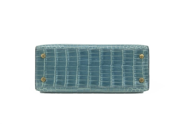 Hermes Kelly 25cm Blue Jean Crocodile Sellier Bag GHW In Excellent Condition For Sale In Newport, RI