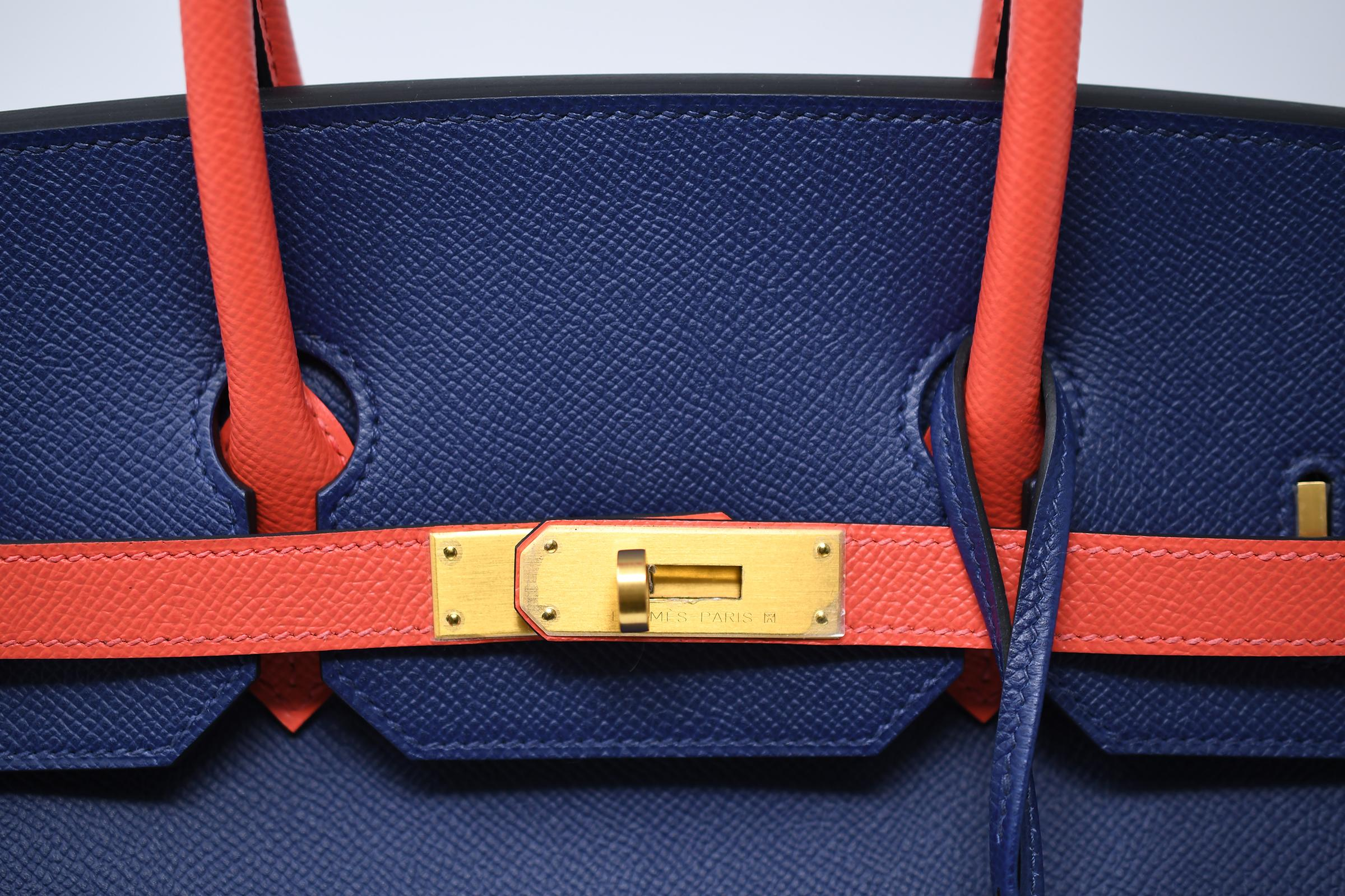 8a397bc7f5ba Hermes Birkin Bag 35cm Bicolor Navy with Salmon with Gold Hardware For Sale  at 1stdibs