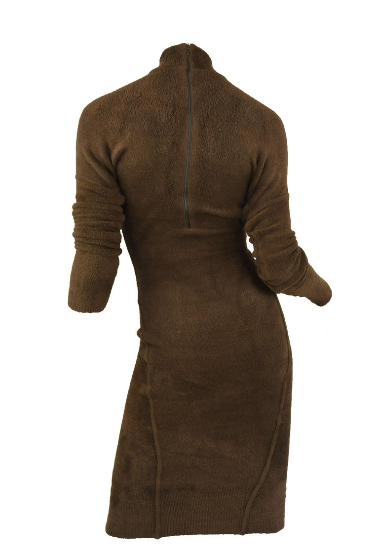 Vintage Alaia Brown Drop Shoulder Long Sleeve Fitted Dress - Size M In Excellent Condition For Sale In Newport, RI