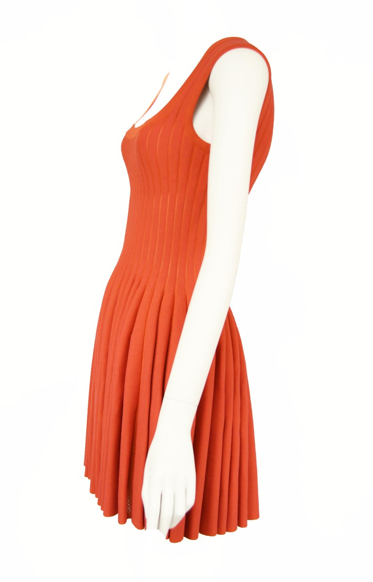 Red Alaia Dark Coral Fit & Flare Dress - Size FR 38 For Sale