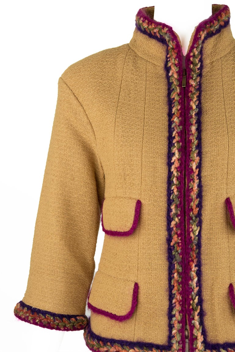 Chanel Camel Blazer with Magenta Multicolor Wool Trim - Size FR 36 In Excellent Condition For Sale In Newport, RI