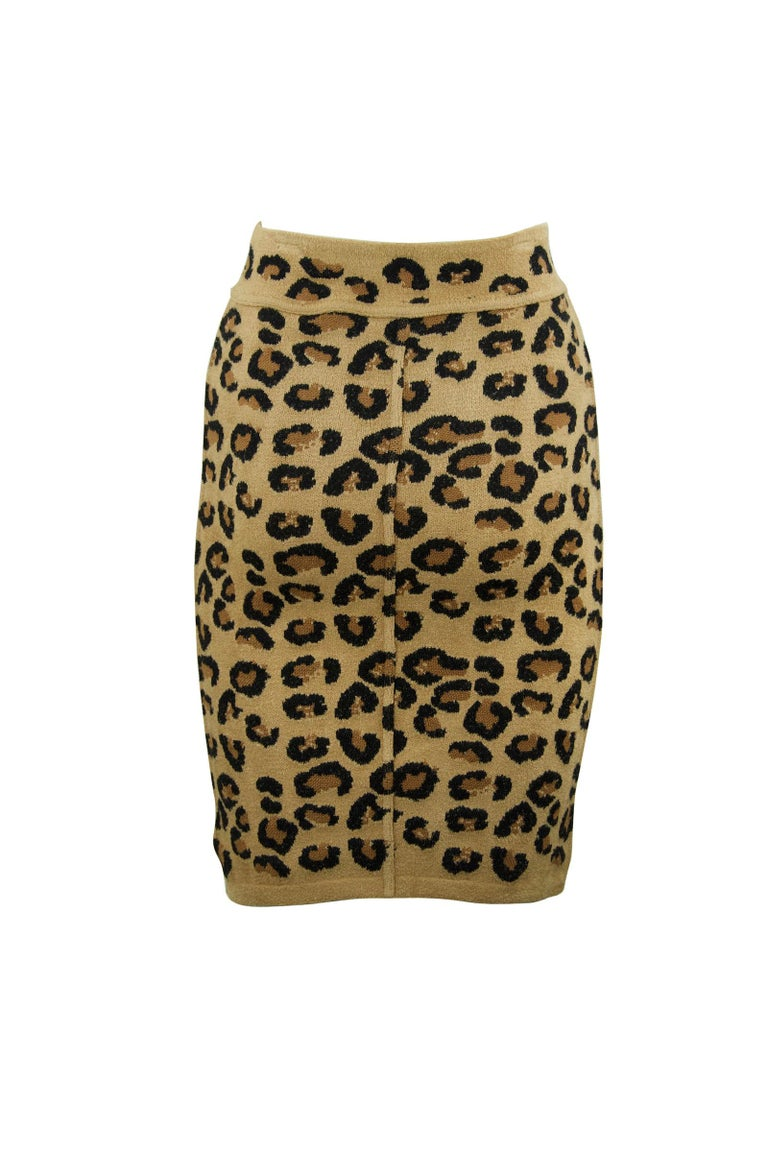 Incredibly rare and coveted 1990s vintage Alaia pencil skirt.  From one of his most famous collections, worn by top celebrities and supermodels.  Collectors- this is a rare piece, do not miss out on this opportunity.  Features a waist band and