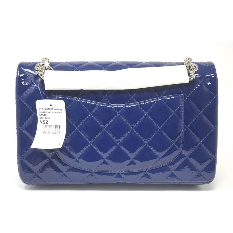 22f5b8236d33 Chanel Navy Blue Reissue Patent Leather 2.55 Classic Handbag In Excellent  Condition For Sale In Boca