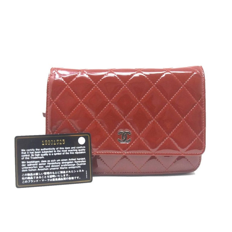 Company-Chanel Model-WOC Patent Color-Dark Red Date Code-19901525 Material-Leather Measurements-8