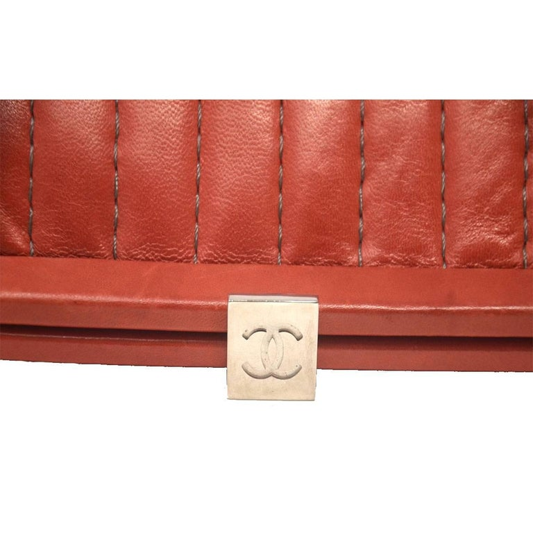 Women's Chanel Red/Pink Small Clutch Handbag For Sale