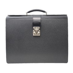 Louis Vuitton Black Taiga Leather Pilots Briefcase