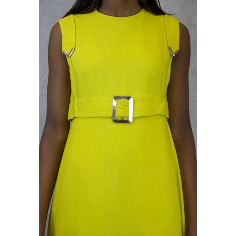 Ted Lapidus made to measure couture finished yellow linen dress, circa 1960 In Excellent Condition For Sale In London, GB