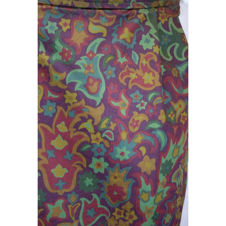 Yves Saint Laurent Rive Gauche Safari style Skirt, circa 1970 In Excellent Condition For Sale In London, GB