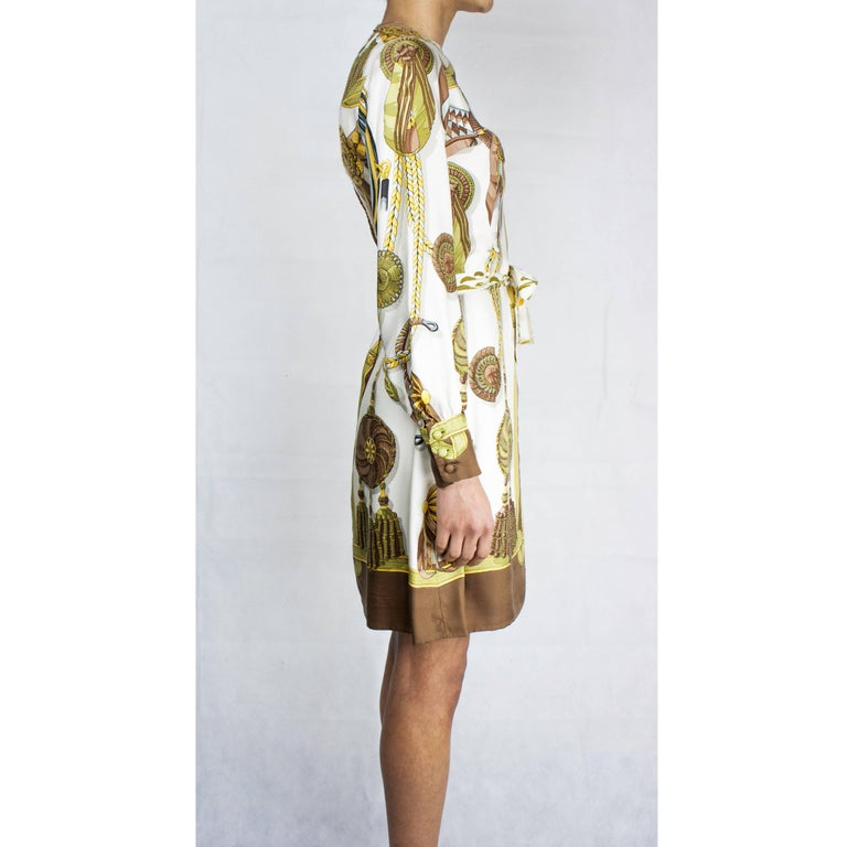 Hèrmes Frontaux et Cocardes Limited edition silk dress, circa 1968 For Sale 2