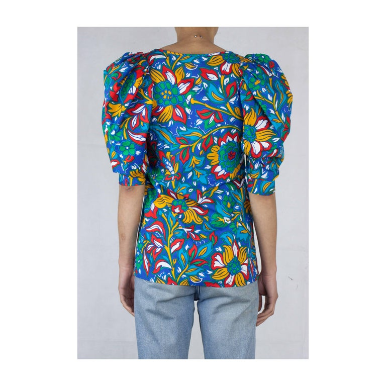 Yves Saint Laurent  gypsy-inspired floral motif cotton blouse. circa 1970s In Excellent Condition For Sale In London, GB