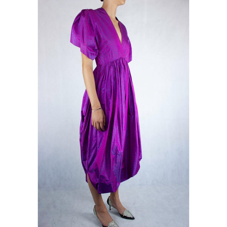 Unlabelled  Madame Grès iridescent purple silk evening pant outfit. circa 1970s In Excellent Condition For Sale In London, GB