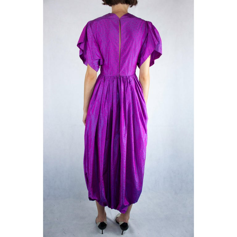 Women's Unlabelled  Madame Grès iridescent purple silk evening pant outfit. circa 1970s For Sale