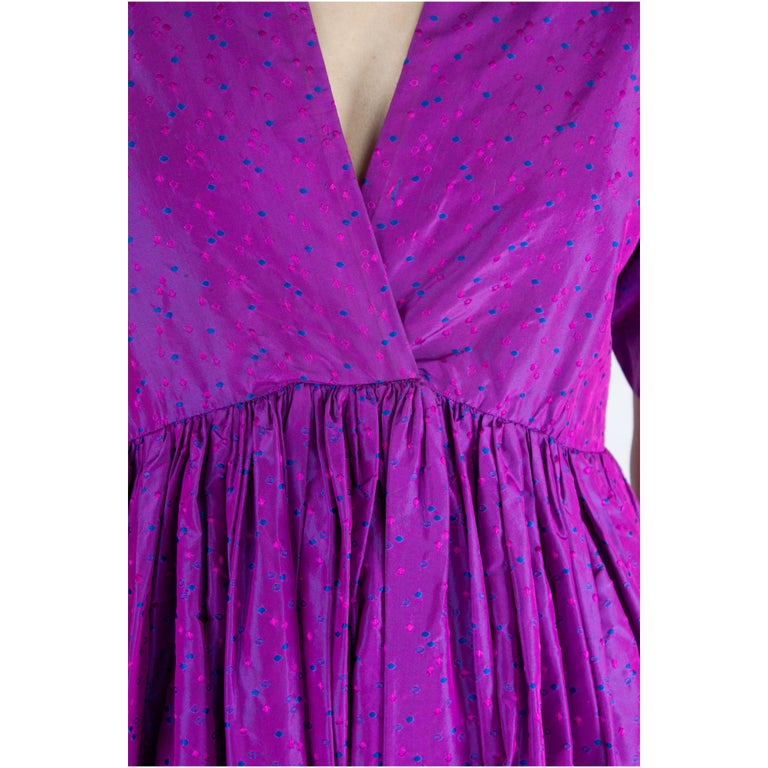 Unlabelled  Madame Grès iridescent purple silk evening pant outfit. circa 1970s For Sale 2