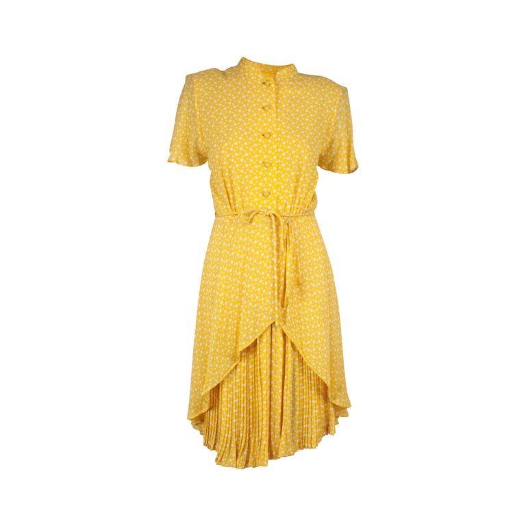 Valentino couture, pleated , printed silk chiffon cocktail dress. circa 1970s For Sale