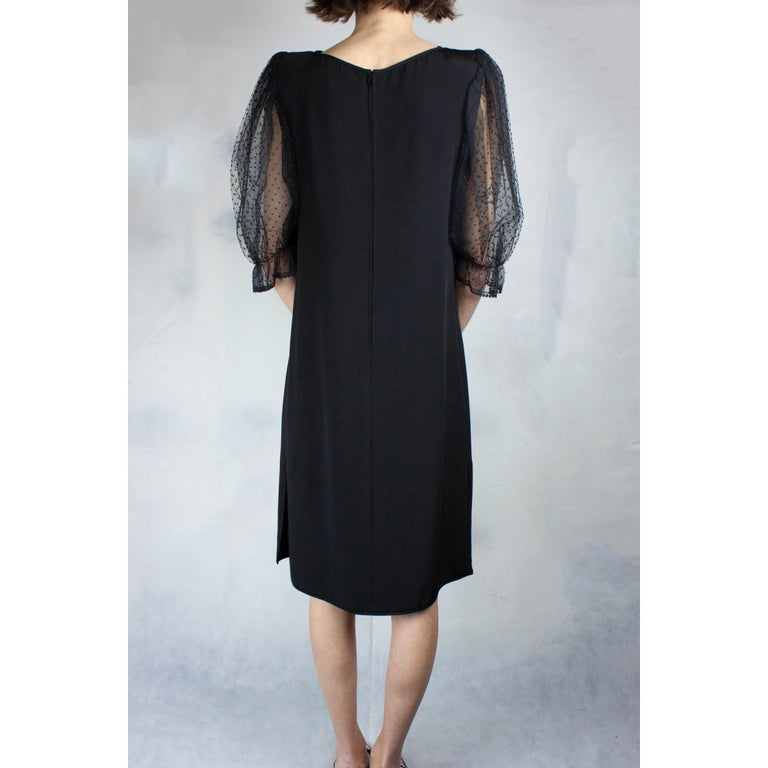 Women's Valentino silk-wool  jersey couture cocktail dress. circa 1970s For Sale