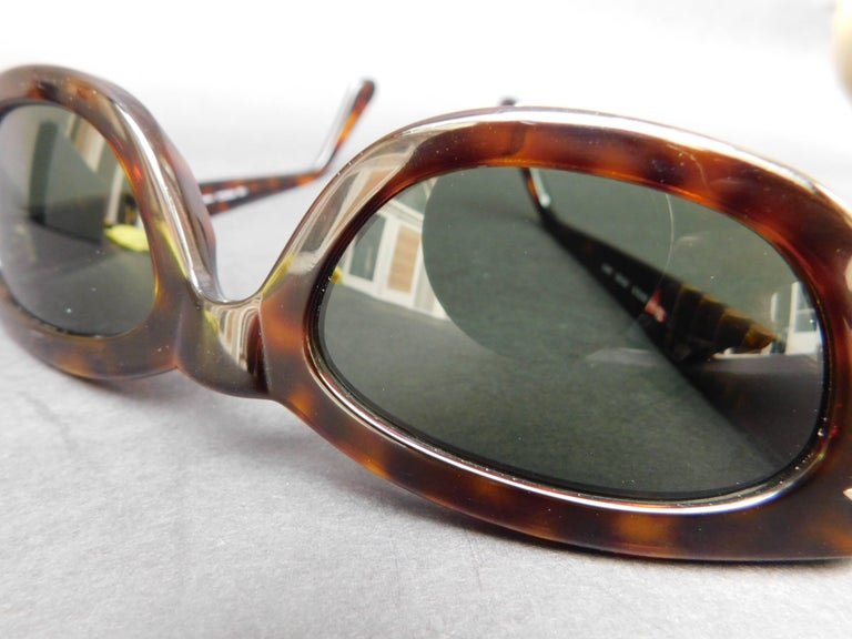 Persol Model 2572-s Brown Tortoise Sunglasses For Sale 2