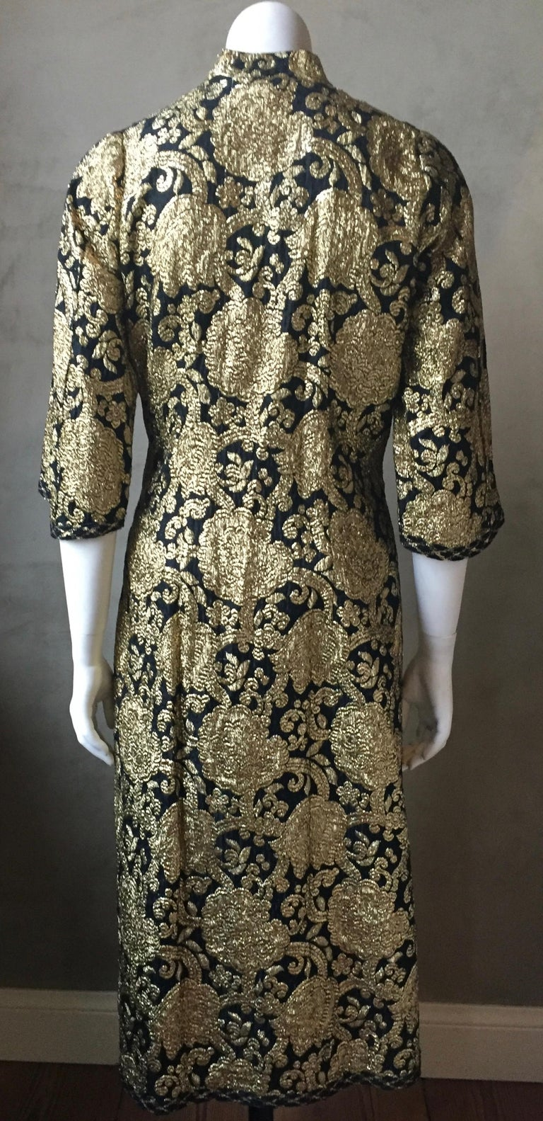 Vintage Gold and Black Brocade Dress/Jacket with Knot Buttons In Good Condition For Sale In Antwerp, BE