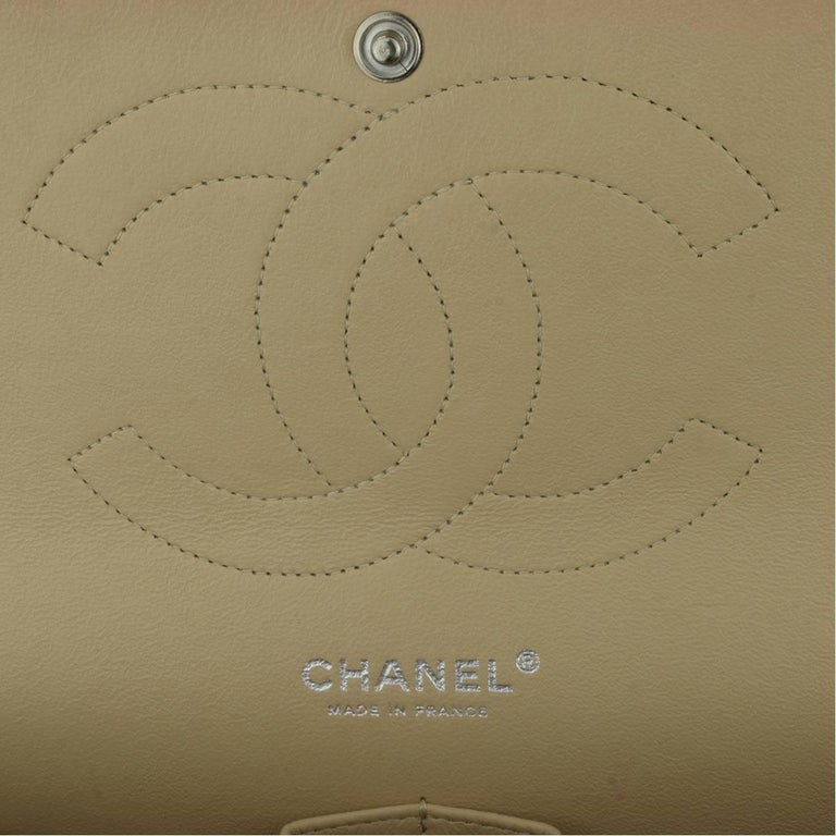 CHANEL Classic Double Flap Jumbo Beige Clair Caviar with Silver Hardware 2013 For Sale 11