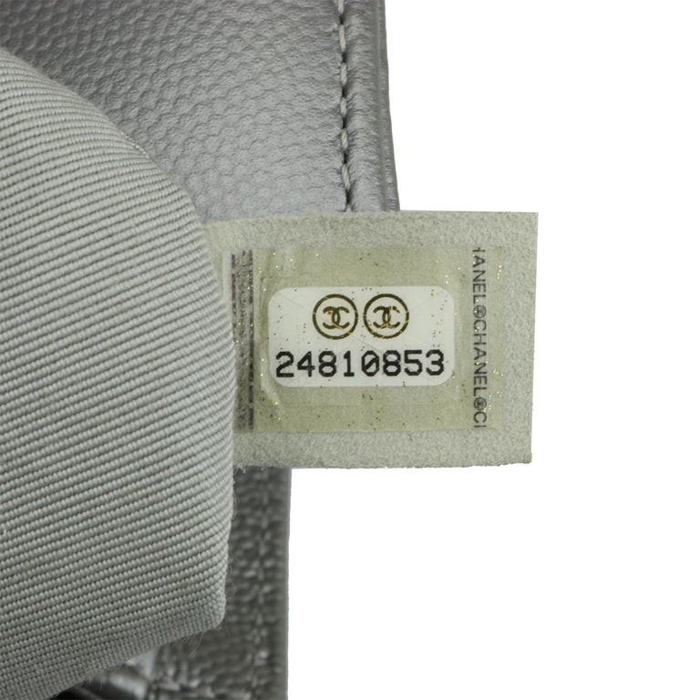CHANEL New Medium Quilted Boy Silver Grey Caviar with Ruthenium Hardware 2018 For Sale 13