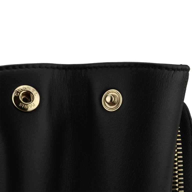 CHANEL Business Affinity Large Black Caviar with Champagne Hardware 2017 For Sale 2