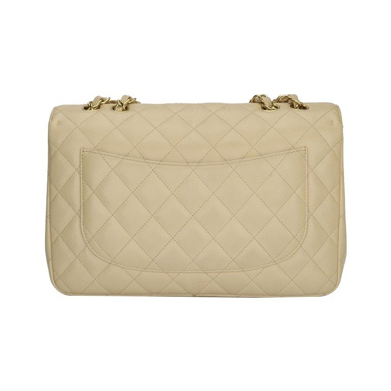 Women's or Men's CHANEL Classic Single Flap Jumbo Beige Clair Caviar with Gold Hardware 2009 For Sale