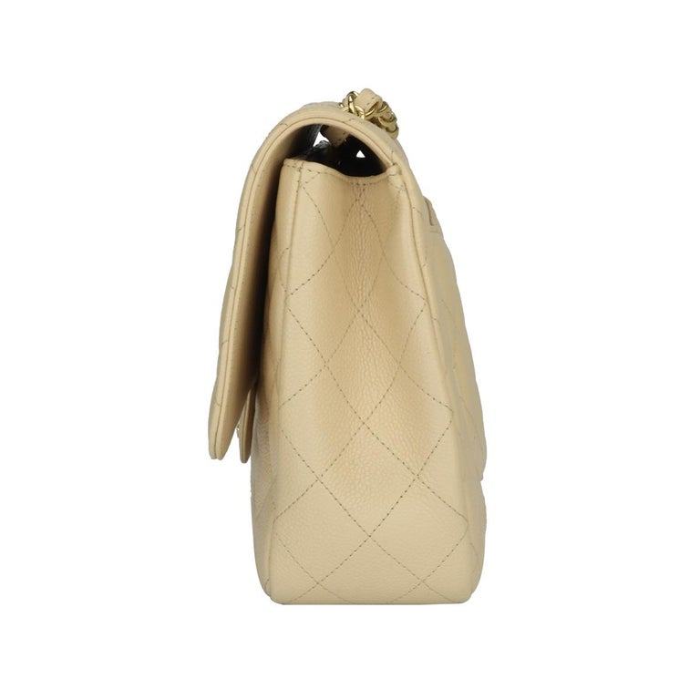 CHANEL Classic Single Flap Jumbo Beige Clair Caviar with Gold Hardware 2009 For Sale 1