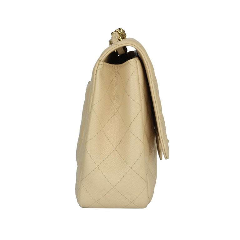 CHANEL Classic Single Flap Jumbo Beige Clair Caviar with Gold Hardware 2009 For Sale 2