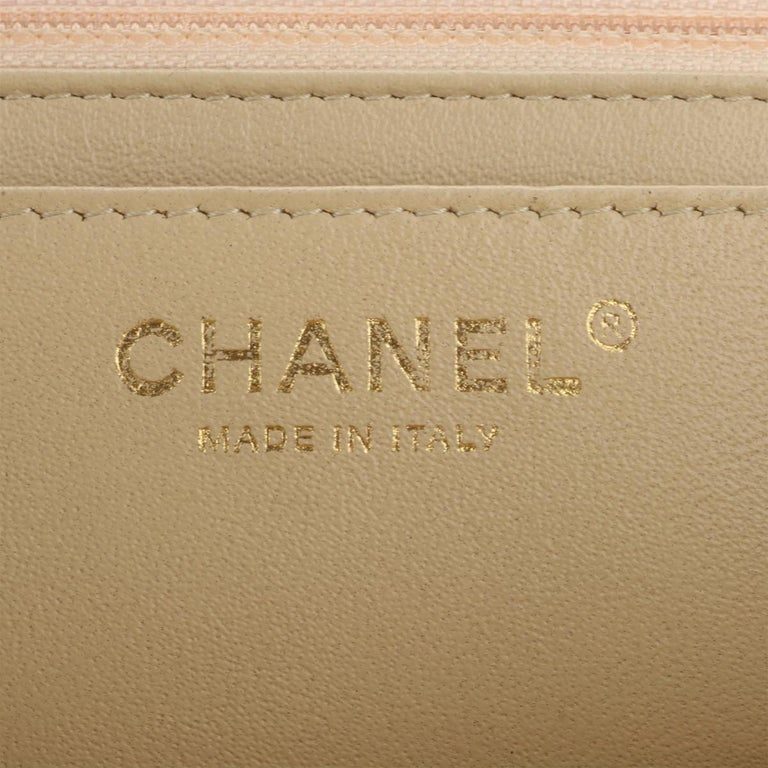 CHANEL Classic Single Flap Jumbo Beige Clair Caviar with Gold Hardware 2009 For Sale 12