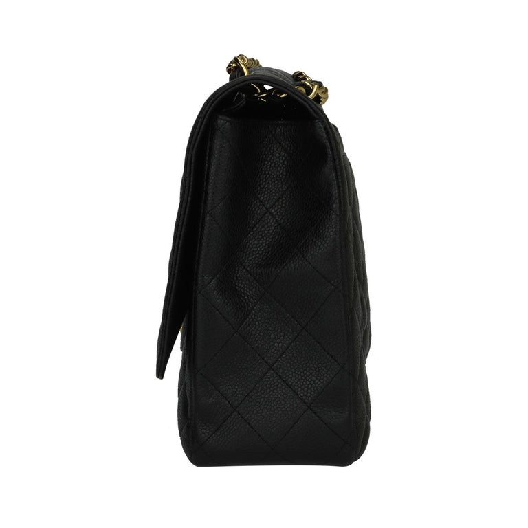 CHANEL Black Caviar Maxi Single Flap with Gold Hardware 2009 For Sale 1