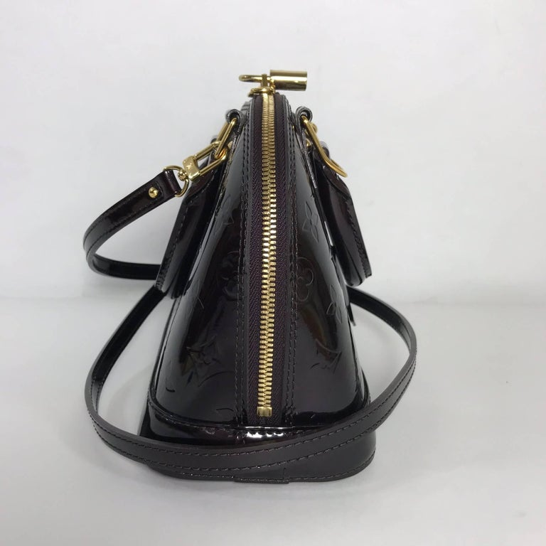 Black Louis Vuitton Vernis Alma BB in Amarante Satchel For Sale