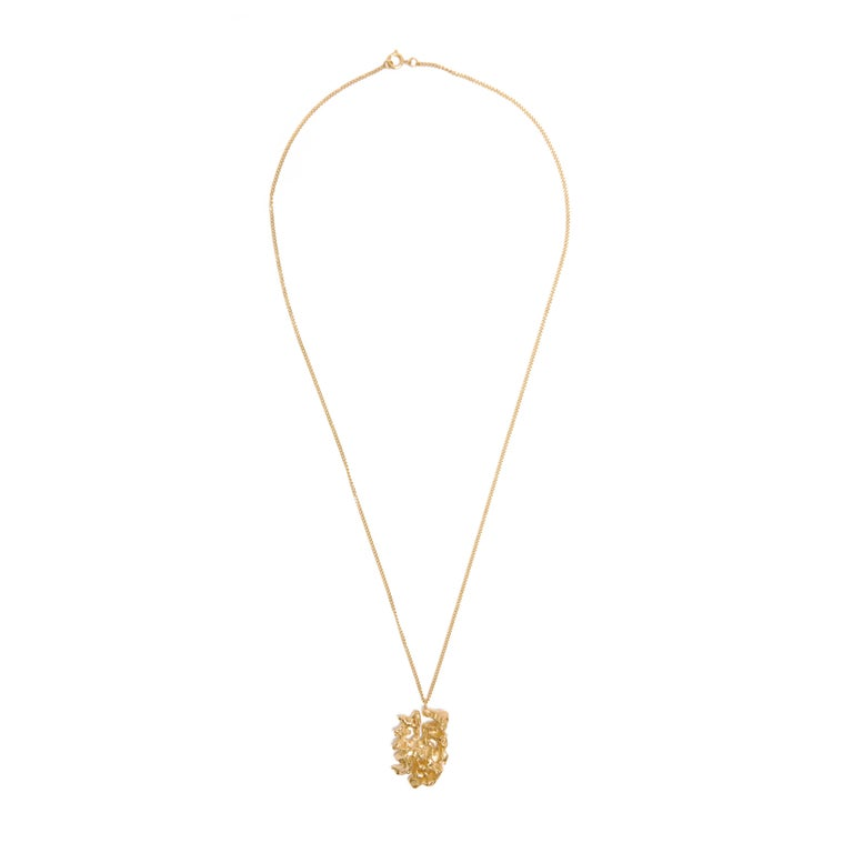 The Chinese zodiac Dog necklace is influenced by the ancient Chinese calligraphy character of Dog (Gou 狗), the eleventh of the twelve signs of the Chinese zodiac. Those born in the year of the Dog are renowned for their earnestness and devotion, and