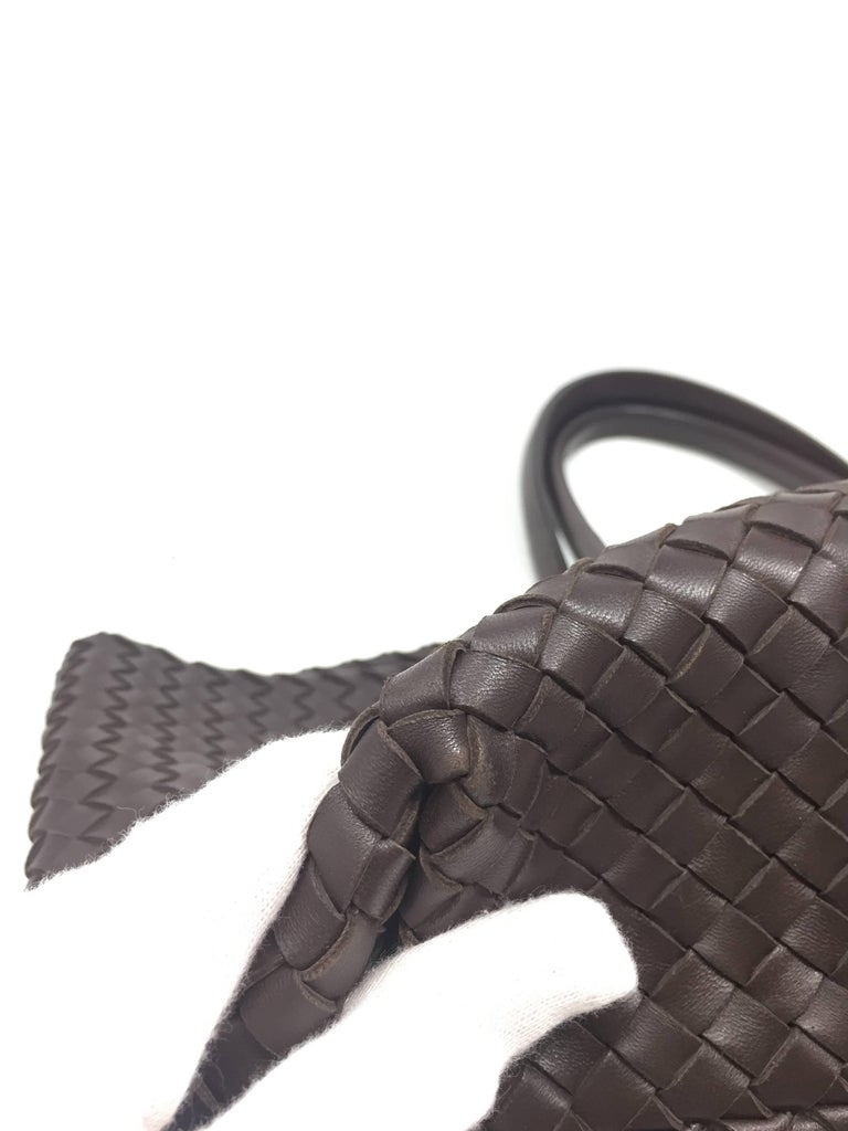 Bottega Veneta Cabat Espresso Lambskin Leather Shopping Tote Bag In Good Condition For Sale In Milan, IT