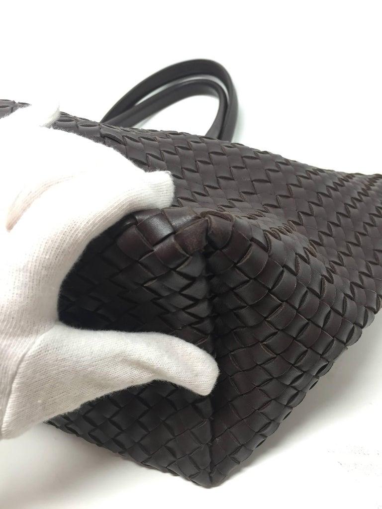 Women's Bottega Veneta Cabat Espresso Lambskin Leather Shopping Tote Bag For Sale
