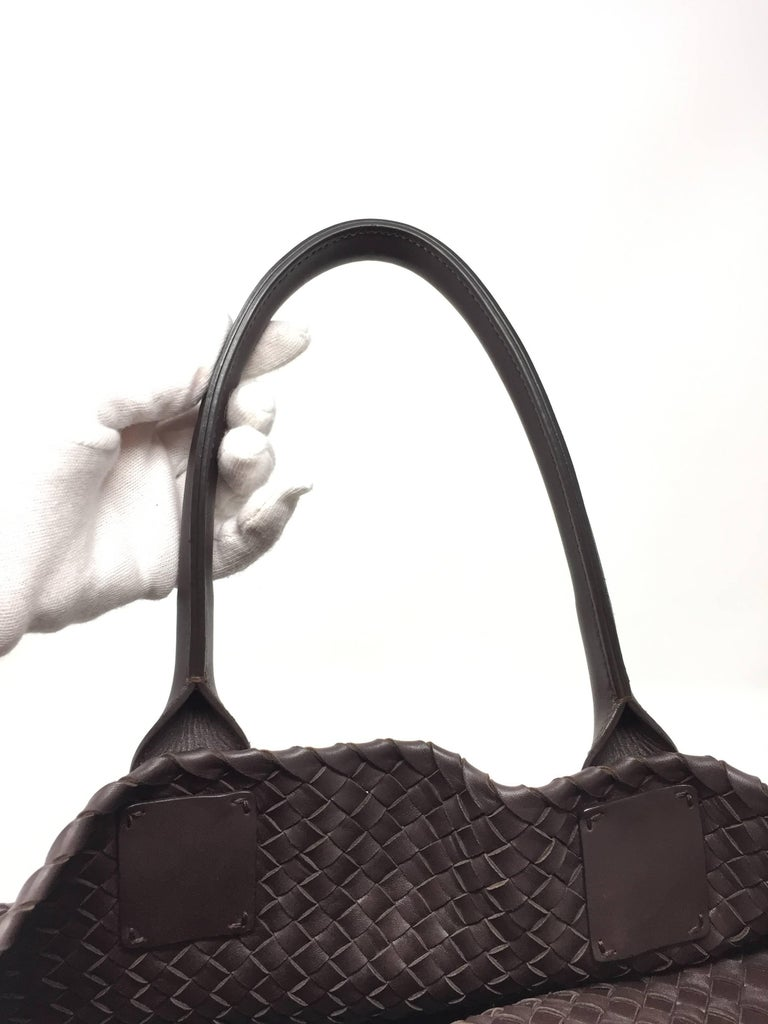 Bottega Veneta Cabat Espresso Lambskin Leather Shopping Tote Bag For Sale 2