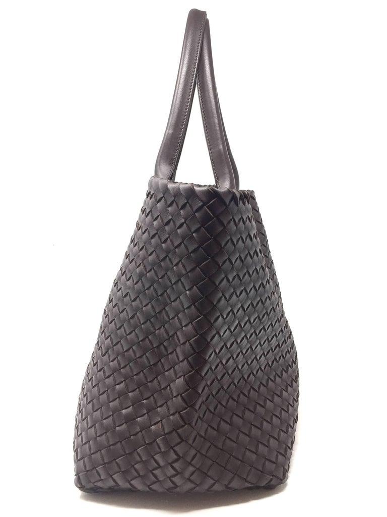 Bottega Veneta Cabat Espresso Lambskin Leather Shopping Tote Bag For Sale 9