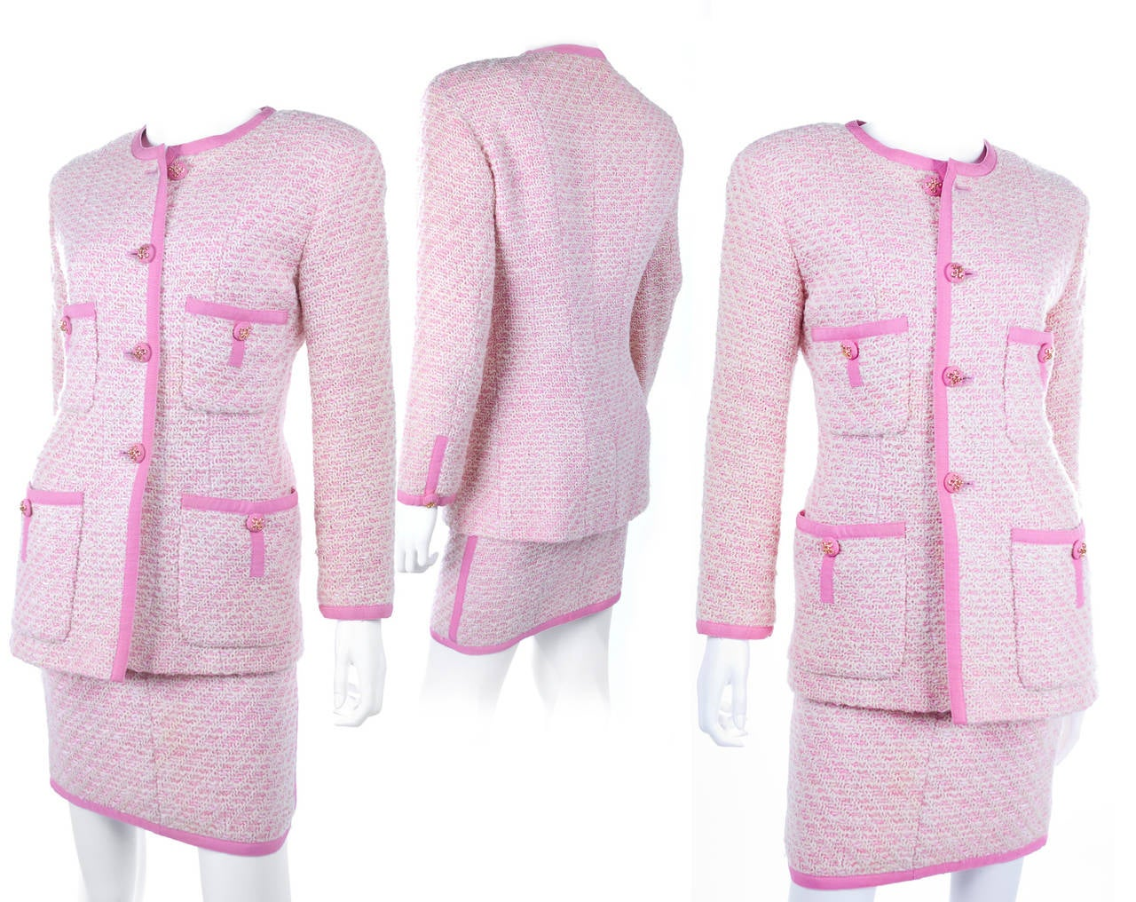 Chanel Suit in Pink and Creme Documented In Excellent Condition In Hamburg, Deutschland