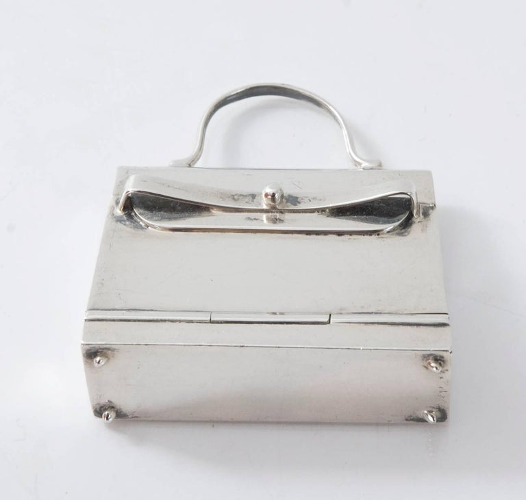 HERMES Paris Mini Kelly Pill Box in  925 Sterling Silver In Excellent Condition For Sale In Hamburg, DE
