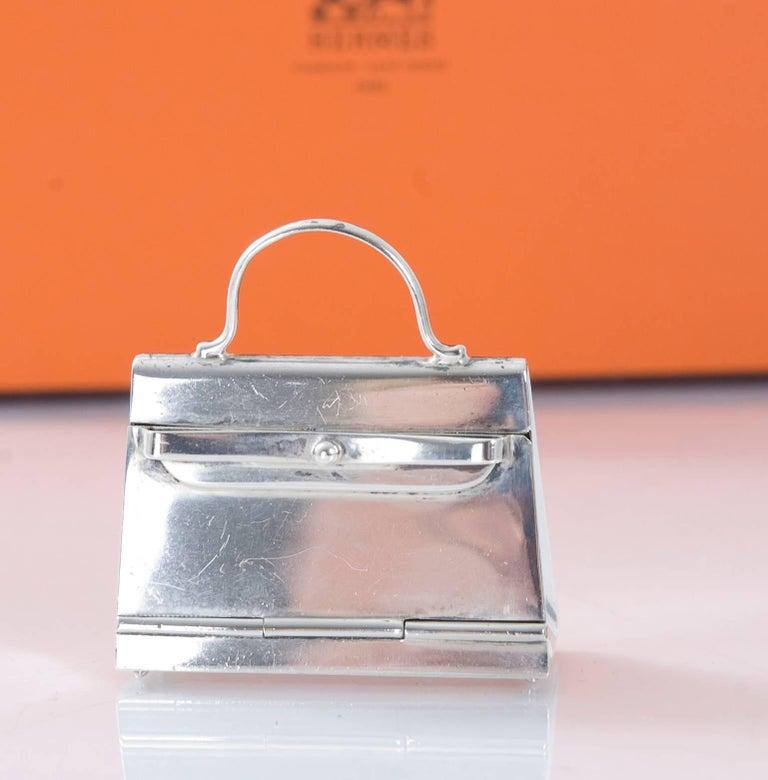 Women's HERMES Paris Mini Kelly Pill Box in  925 Sterling Silver For Sale