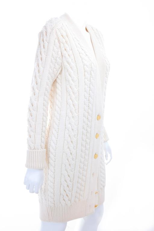 Vintage CHANEL Pearl Encrusted Cable Knit Cardigan in Creme sz.Large 3