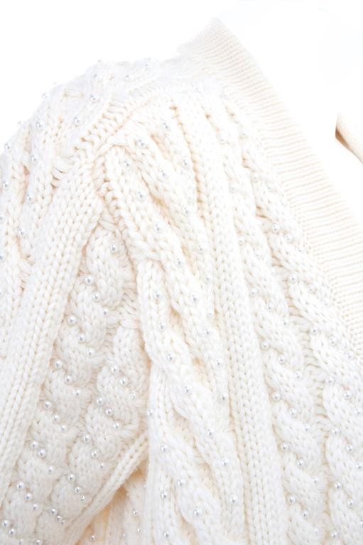 Vintage CHANEL Pearl Encrusted Cable Knit Cardigan in Creme sz.Large 7