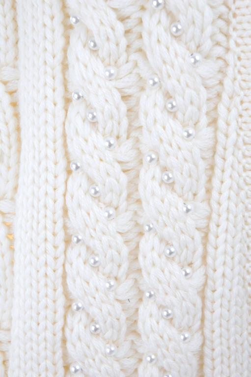 Vintage CHANEL Pearl Encrusted Cable Knit Cardigan in Creme sz.Large 8