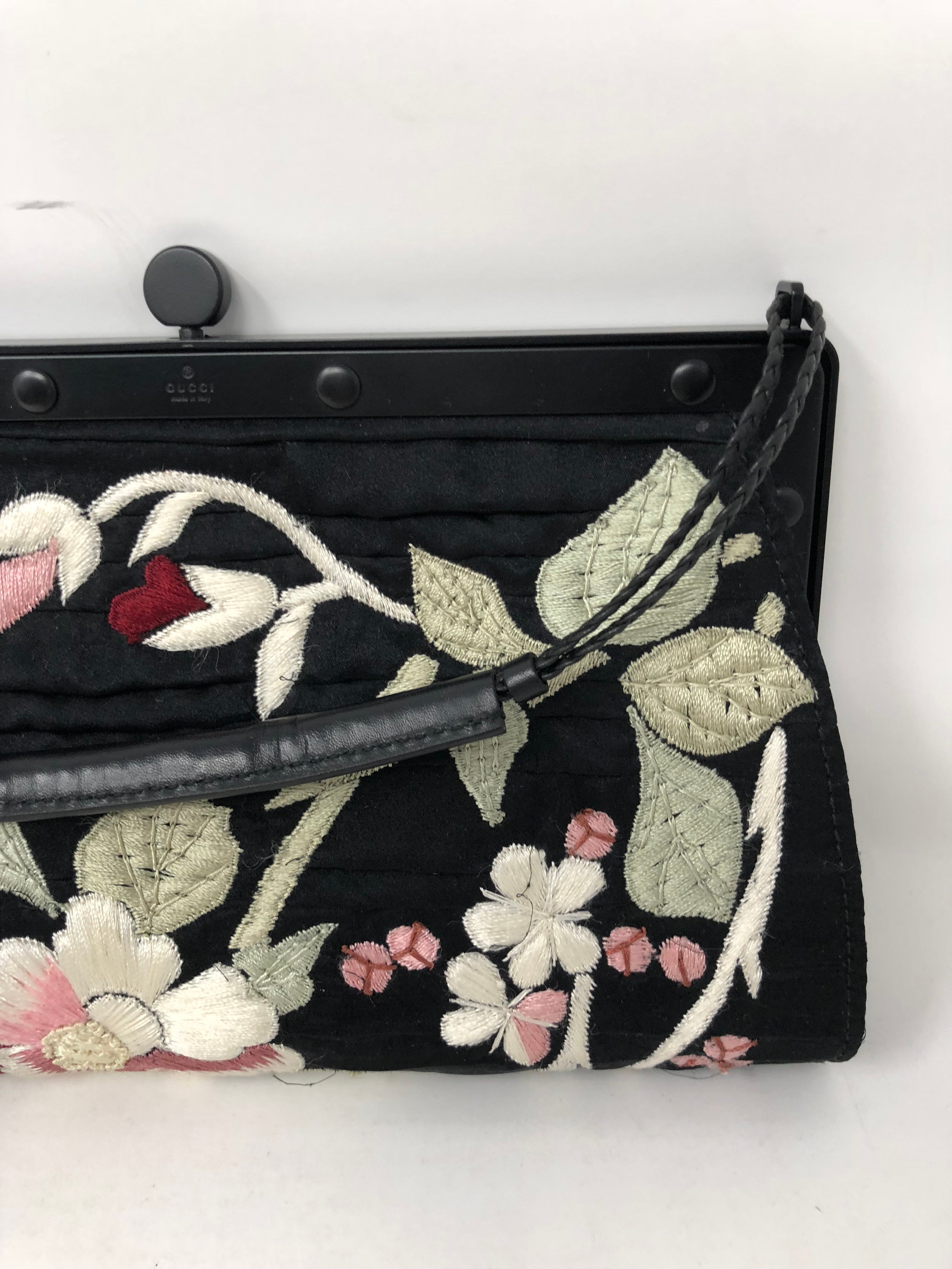 84f3148bc Gucci embroidered Evening Bag at 1stdibs